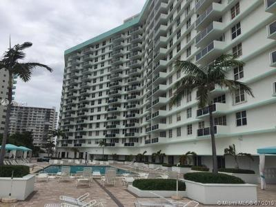 Hollywood Condo For Sale: 3725 S Ocean Dr #917