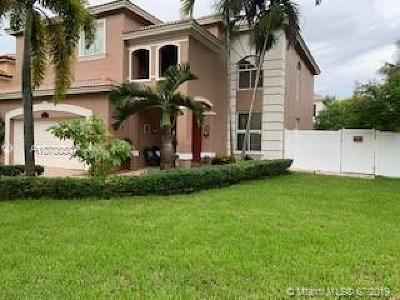 Broward County Single Family Home For Sale: 13305 SW 32nd St
