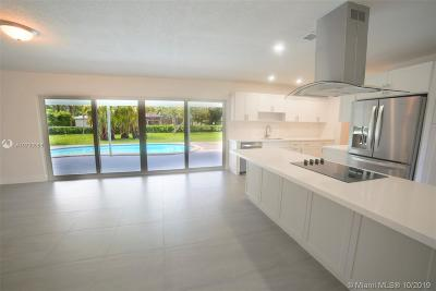 Miami Single Family Home For Sale: 8560 SW 118 St