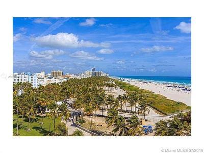 Miami Beach Condo For Sale: 465 Ocean Dr #920