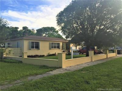 North Miami Single Family Home For Sale: 1260 NE 133rd St