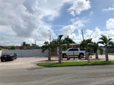 Miami Single Family Home For Sale: 10711 SW 49th Ter