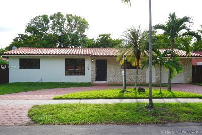 Miami Lakes Single Family Home For Sale: 14440 Harris Pl