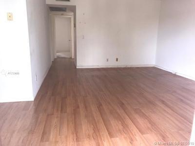 Pembroke Pines Condo For Sale: 1301 SW 135th Ter #305J