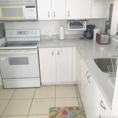 Hollywood Condo For Sale: 3505 S Ocean Dr #805