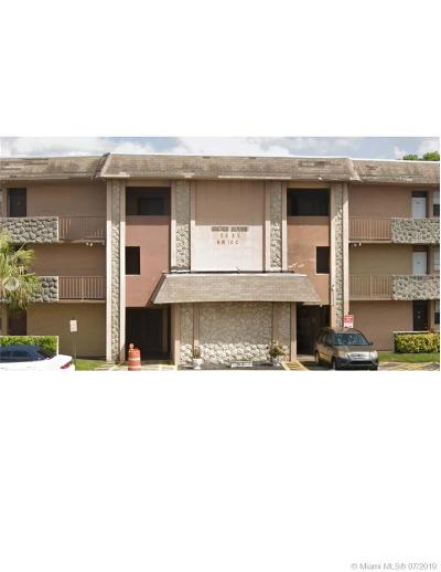 Plantation Condo For Sale: 5435 NW 10th Ct #301