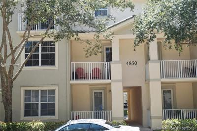 Jupiter Condo For Sale: 4850 Chancellor Drive #21