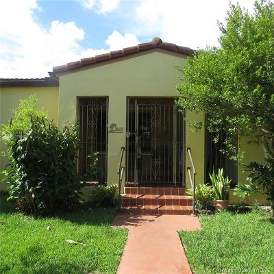 Miami Single Family Home For Sale: 3360 NW 18th St