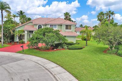 Weston Single Family Home For Sale: 1065 Capistrano