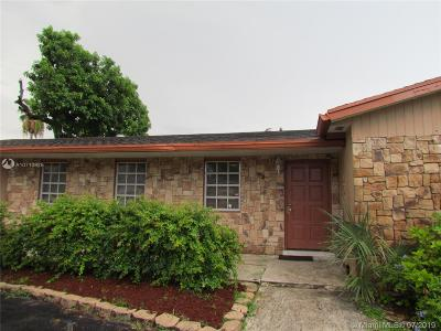 Hollywood Single Family Home For Sale: 5401 Tyler St.