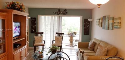 Sunrise Condo For Sale: 9181 Sunrise Lakes Blvd #305