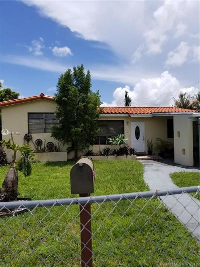 Hallandale Single Family Home For Sale: 729 NW 1st Ct