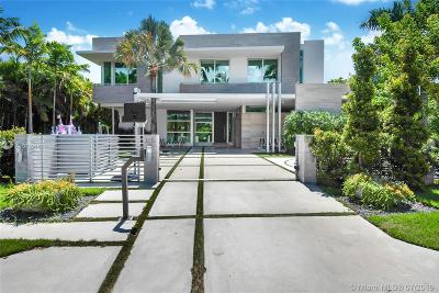 Bal Harbour, Bay Harbor Islands, Coconut Grove, Coral Gables, Hallandale, Miami, Miami Beach, North Miami Beach, Surfside Single Family Home For Sale: 165 Bal Bay Dr