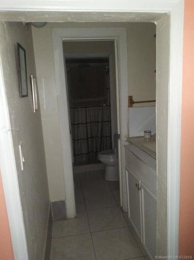 Davie Single Family Home For Sale: 2900 SW 53