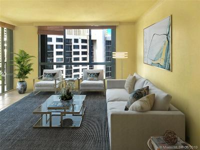 Single Family Home For Sale: 520 Brickell Key Dr