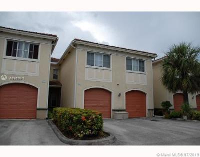 Miramar Condo/Townhouse For Sale: 2430 Centergate Dr #105