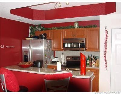 Dania Beach Condo/Townhouse For Sale: 4943 Leeward Ln #3204