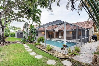 Pembroke Pines Single Family Home For Sale: 170 NW 161st Ave