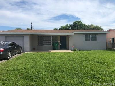Miramar Single Family Home For Sale: 7961 Shalimar