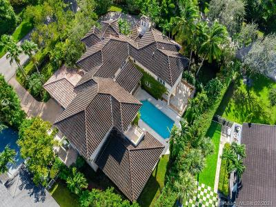 Coral Gables Single Family Home For Sale: 398 Isla Dorada Blvd