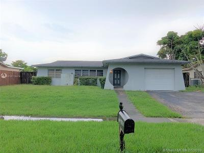 Pembroke Pines Single Family Home For Sale: 1730 NW 107th Ave