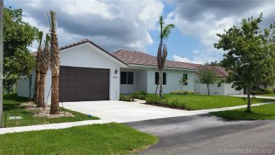 Plantation Single Family Home For Sale: 12461 SW 1st Pl