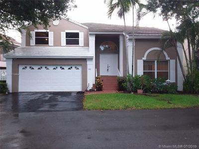 Plantation Single Family Home For Sale: 901 NW 97th Ave