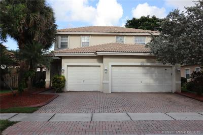 Pembroke Pines Single Family Home For Sale: 2193 NW 74th Ave