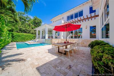 Key Biscayne Single Family Home For Sale: 689 Glenridge Rd