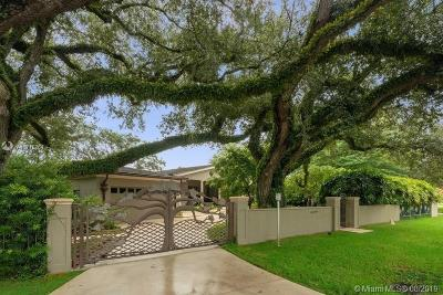 Coral Gables Single Family Home For Sale: 4919 Biltmore Dr