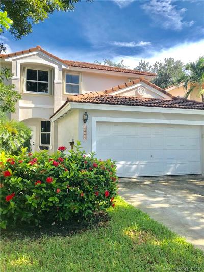 Davie Single Family Home For Sale: 15053 SW 50th Ct