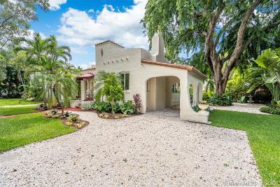 Coral Gables Single Family Home For Sale: 720 Minorca Ave