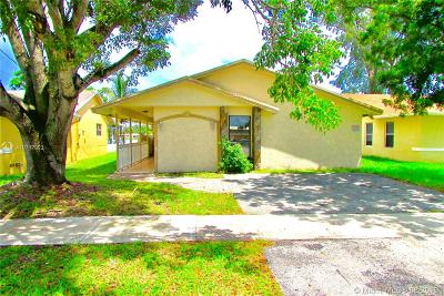 Hallandale Single Family Home For Sale: 1024 SW 8th St