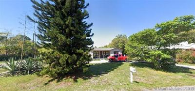 Hallandale Single Family Home For Sale: 150 SW 1st Ave
