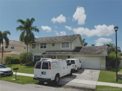 Davie Single Family Home Active Under Contract: 14410 Sumter Mnr