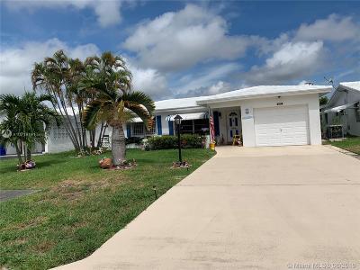 Pompano Beach Single Family Home For Sale: 2721 W Golf Blvd