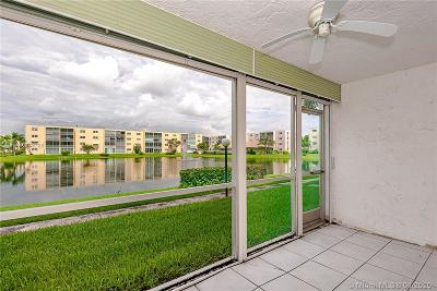 Dania Beach Condo/Townhouse For Sale: 1024 SE 4th Ave #102