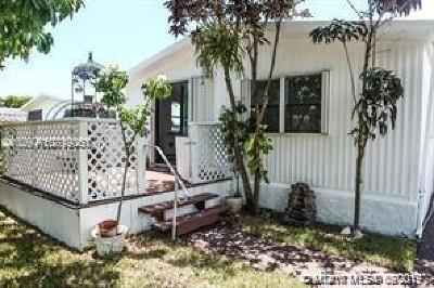 Dania Beach Single Family Home For Sale: 3028 SW 50th St