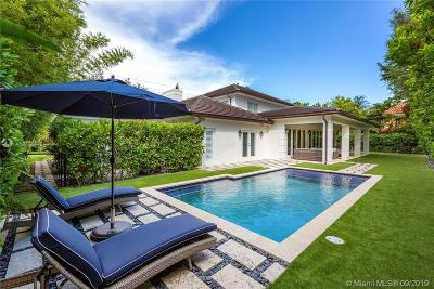 Coral Gables Single Family Home For Sale: 6870 Granada Blvd