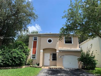Plantation Single Family Home For Sale: 860 NW 98th Ave