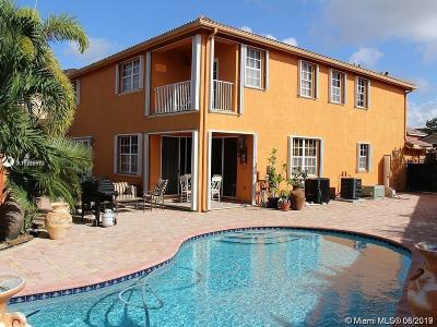Miami Single Family Home For Sale: 15530 SW 36th Ter