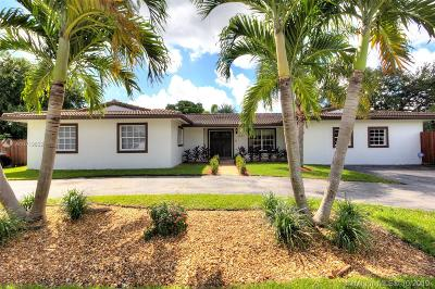 Miami Single Family Home For Sale: 10620 SW 112 St
