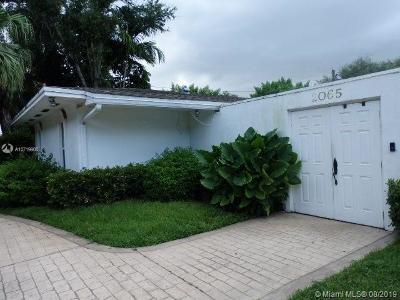 Miami Single Family Home For Sale: 2065 NE 198th Ter