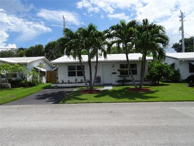 Tamarac Single Family Home For Sale: 1710 NW 45th Ct