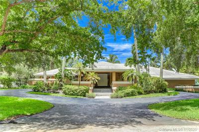 Coral Gables Single Family Home For Sale: 11050 Marin St