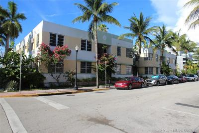 Miami Beach Single Family Home For Sale: 135 3rd St #18