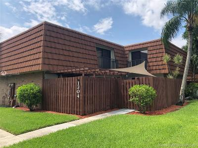 Davie Single Family Home For Sale: 1304 SW 118th Ter