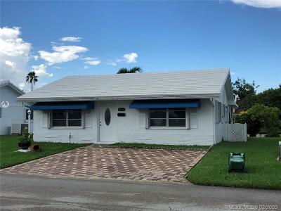Tamarac Single Family Home For Sale: 8421 NW 59th Pl