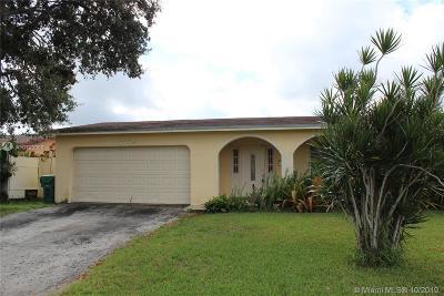 Miramar Single Family Home For Sale: 8654 Windsor Dr