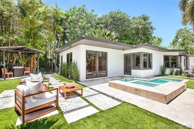 Miami Beach Single Family Home For Sale: 200 E Rivo Alto Dr